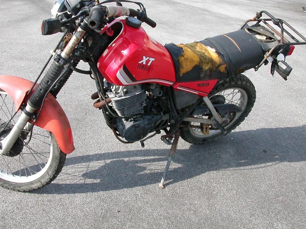YAMAHA XT 550 CC
